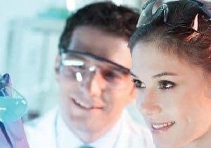 Labor Kontrolle Qualitätskontrolle Sicherheit Vertrauen Garantie