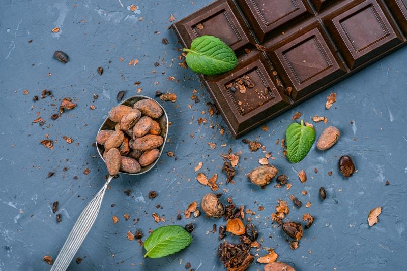 Heißhunger auf Schokolade und Nüsse - Magnesium